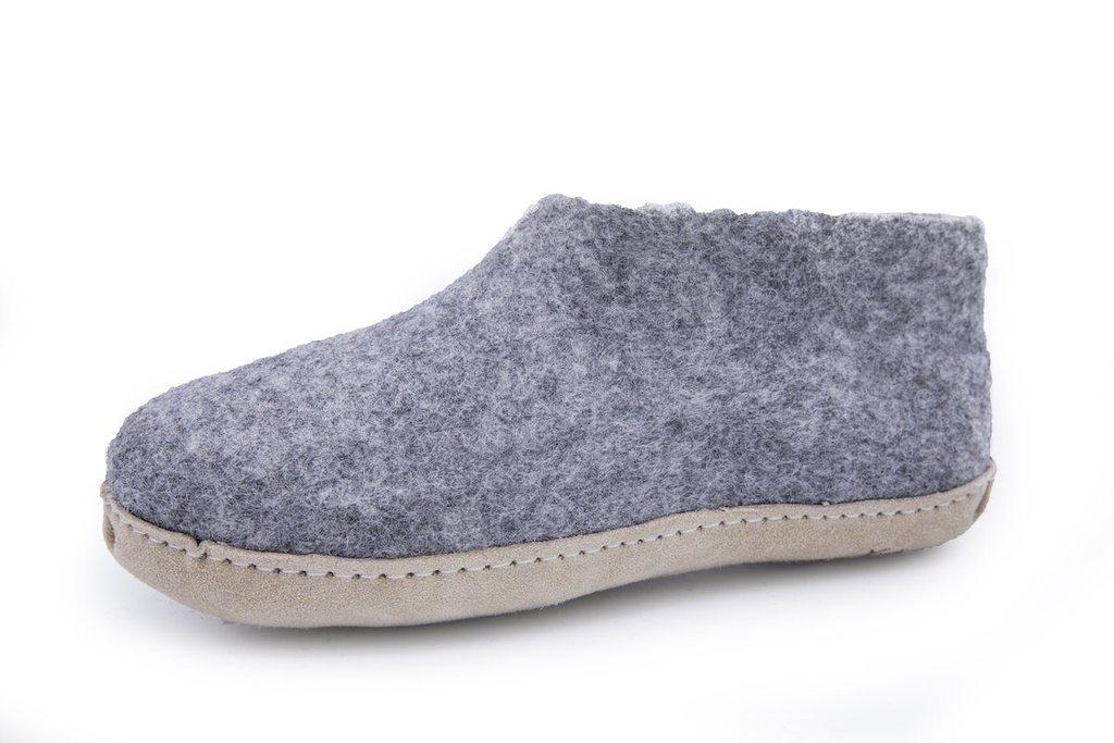 28a2b80eb21 Hjemmesko af 100% ren uld – grå – Shus.dk